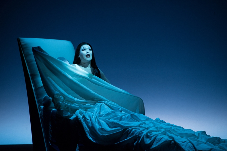 La_Traviata_3773_Michelides.jpg